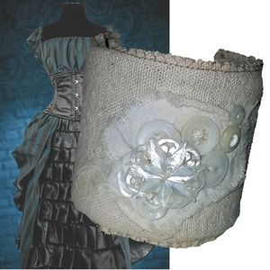Sale Bendable Cuff Vintage Feed Sack Pearl Buttons